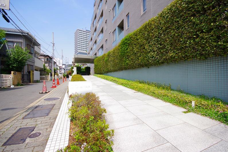 笹塚パーク・ホームズ_外観と共用部 (9)